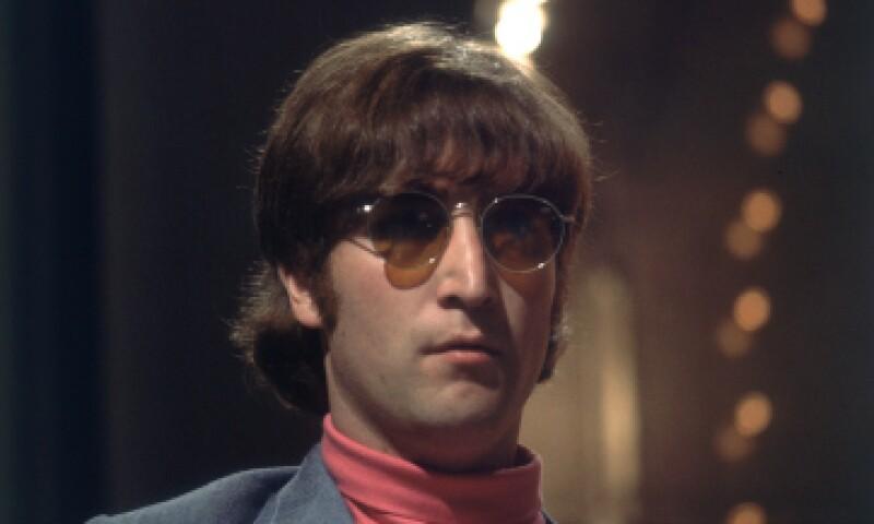 La guitarra fue robada a Lennon en una actuación prenavideña en Londres. (Foto: Getty Images/Archivo)