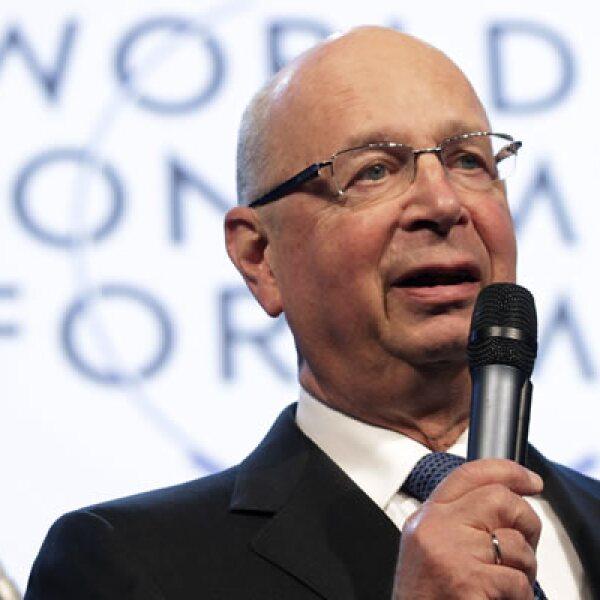 El fundador y presidente del Foro Económico Mundial, Klaus Schwab, dio el discurso de bienvenida a quienes ya están en la reunión, en Suiza.