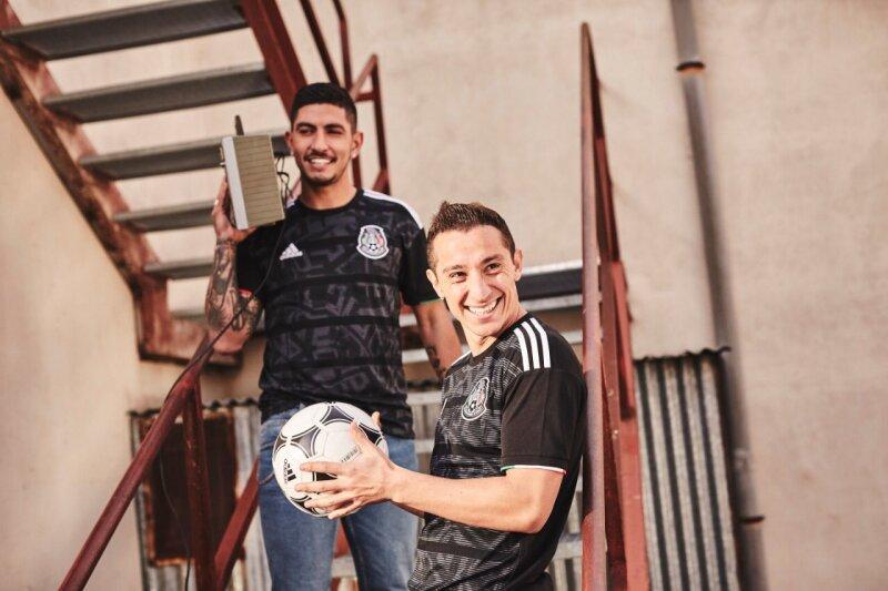 dfc76229a Adidas y la Selección mexicana presentan su nuevo jersey