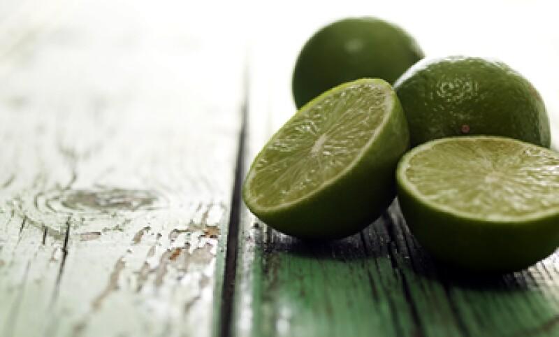 Autoridades han reconocido que hay indicios de acaparamiento y especulación en los precios del limón. (Foto: GettyImages)