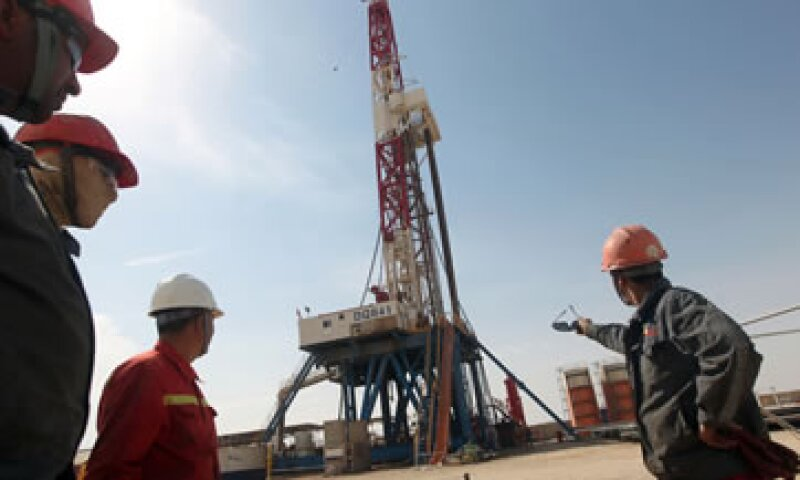 Los precios del petróleo se dispararon en junio por temores a que las exportaciones de Irak se vean afectadas. (Foto: AFP)