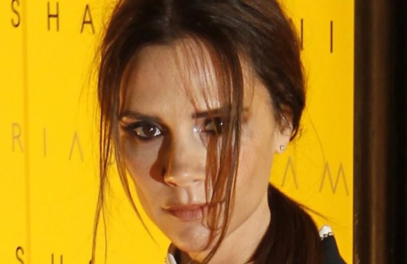Victoria Beckham tiene 37 años.