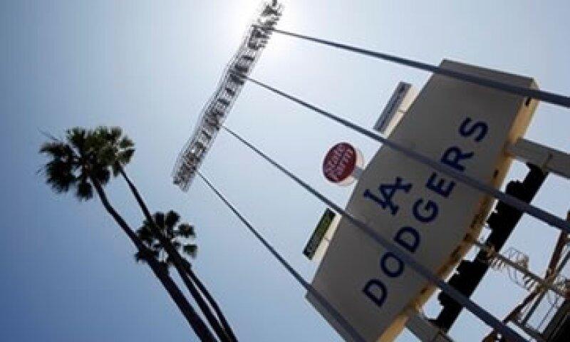 Los Dodgers dijeron que la protección por quiebra les permitirá hacer frente a sus necesidades inmediatas de financiamiento. (Foto: AP)