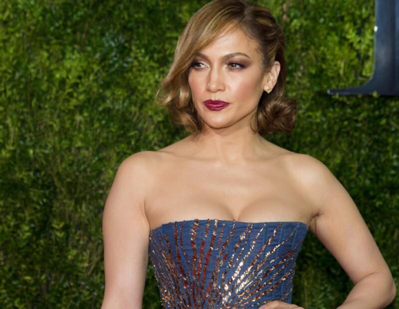 Jennifer Lopez cumple 46 años y la celebramos con un recuento de sus más grandes éxitos que la han posicionado como una de las mujeres más poderosas e influyentes actualmente.
