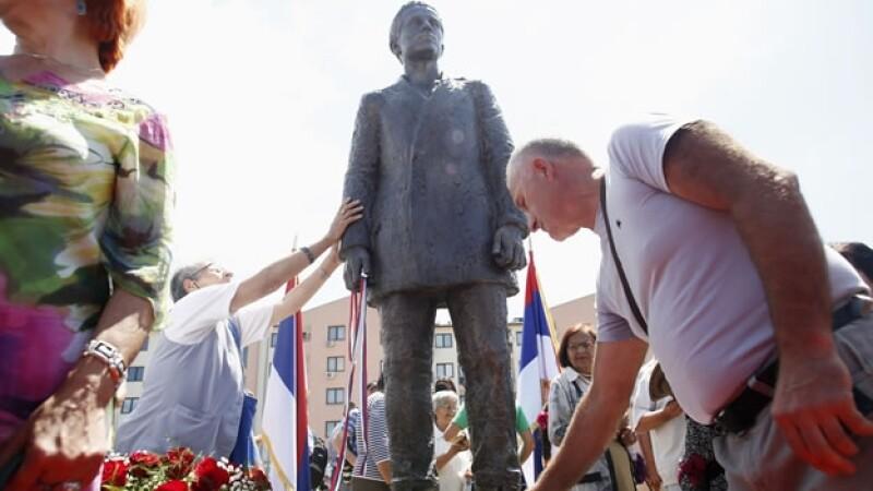 La estatua de Gavrilo Princip que fue develada este fin de semana en la capital de Bosnia-Herzegovina, Sarajevo