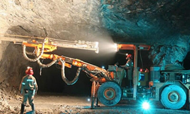 La minera Autlán aseguró que la caída en sus ganancias se debe a la apreciación del peso y la baja en los precios de las ferroaleaciones. (Foto: Cortesía Grupo México)