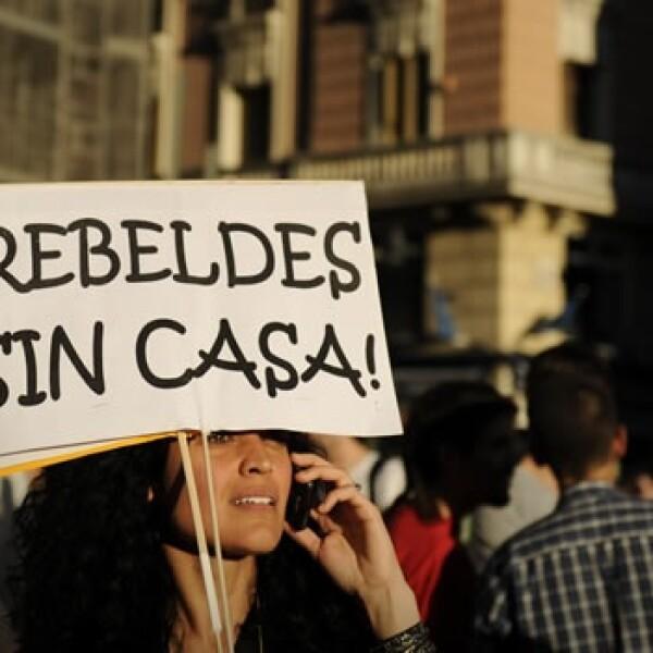 Jóvenes protestan contra la política en España