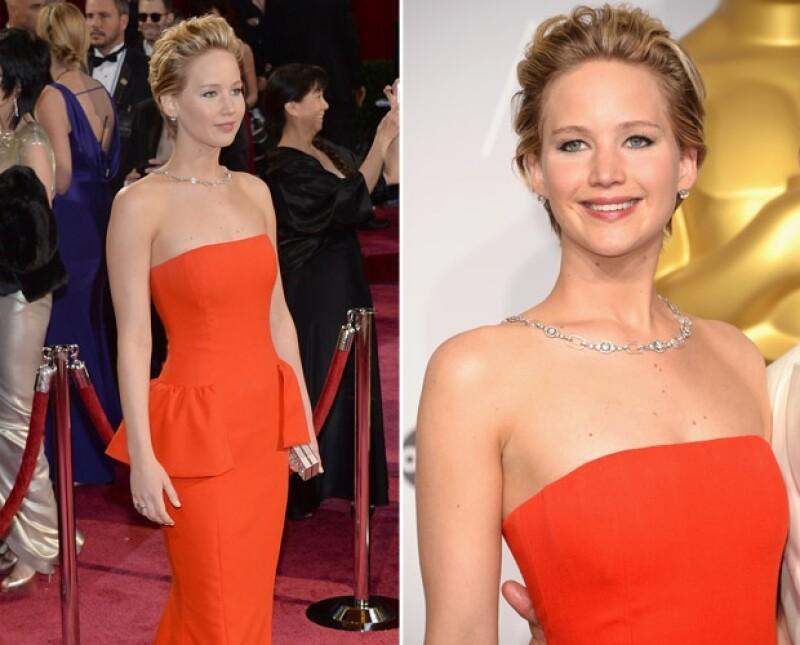 De acuerdo con el diario 'Reforma' la guapa actriz fue invitada a ser coanfitriona de la importante fiesta de moda en mayo del siguiente año.