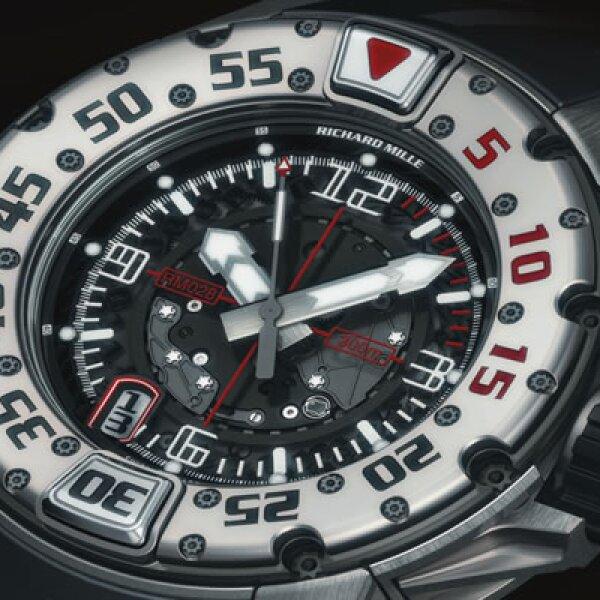 El RM028 es el nuevo modelo de buceo en titanio con movimiento automático, tiene una caja robusta de 47mm.