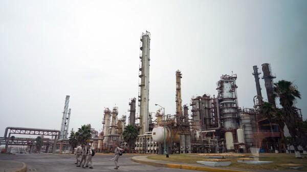 AMLO - Refinería - infraestructura