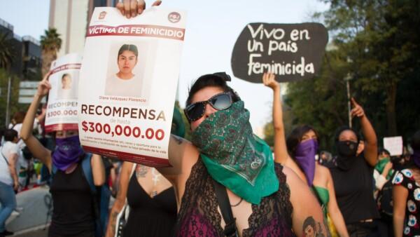 Marcha_Contra_Violencia_Hacia_Mujer-11.jpg