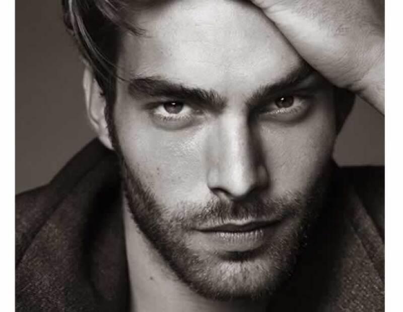 No sorprende que la industria dedicada a la belleza existan muchos hombres con los que nos encantaría pasar nuestros días. Aquí nuestros consentidos.