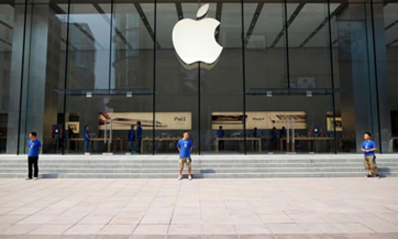 La respuesta presentada por Apple ante la justicia no trata de defender a las cinco editoriales acusadas por el Departamento de Justicia de colusión para fijar precios. (Foto: Reuters)