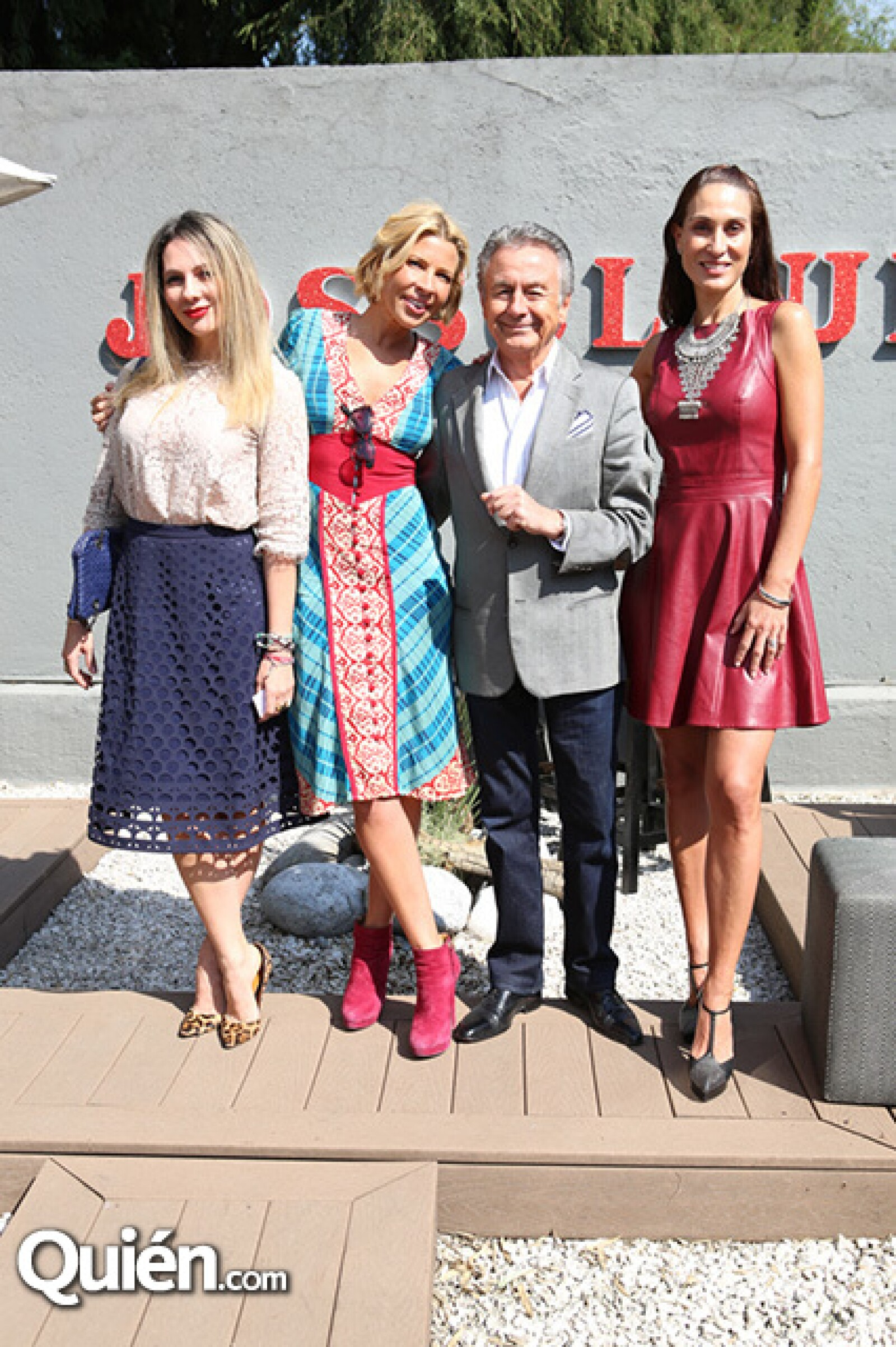 Zarina Rivera,Beatriz Pasquel,Claude Joanin y Roberta López Negrete