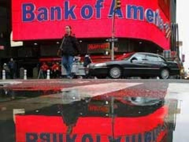 Bank of America es una de las instituciones que ha recibido ayuda del gobierno de EU. (Foto: Archivo)