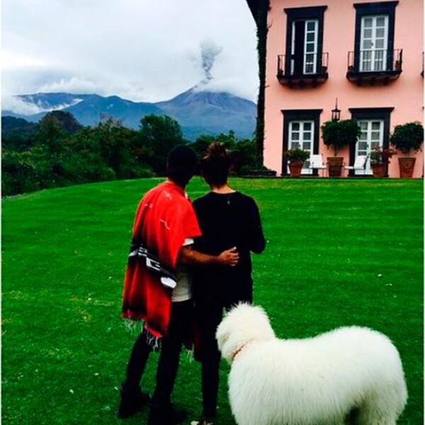 Además de ser una pareja con gran estilo, son amantes de los perros.
