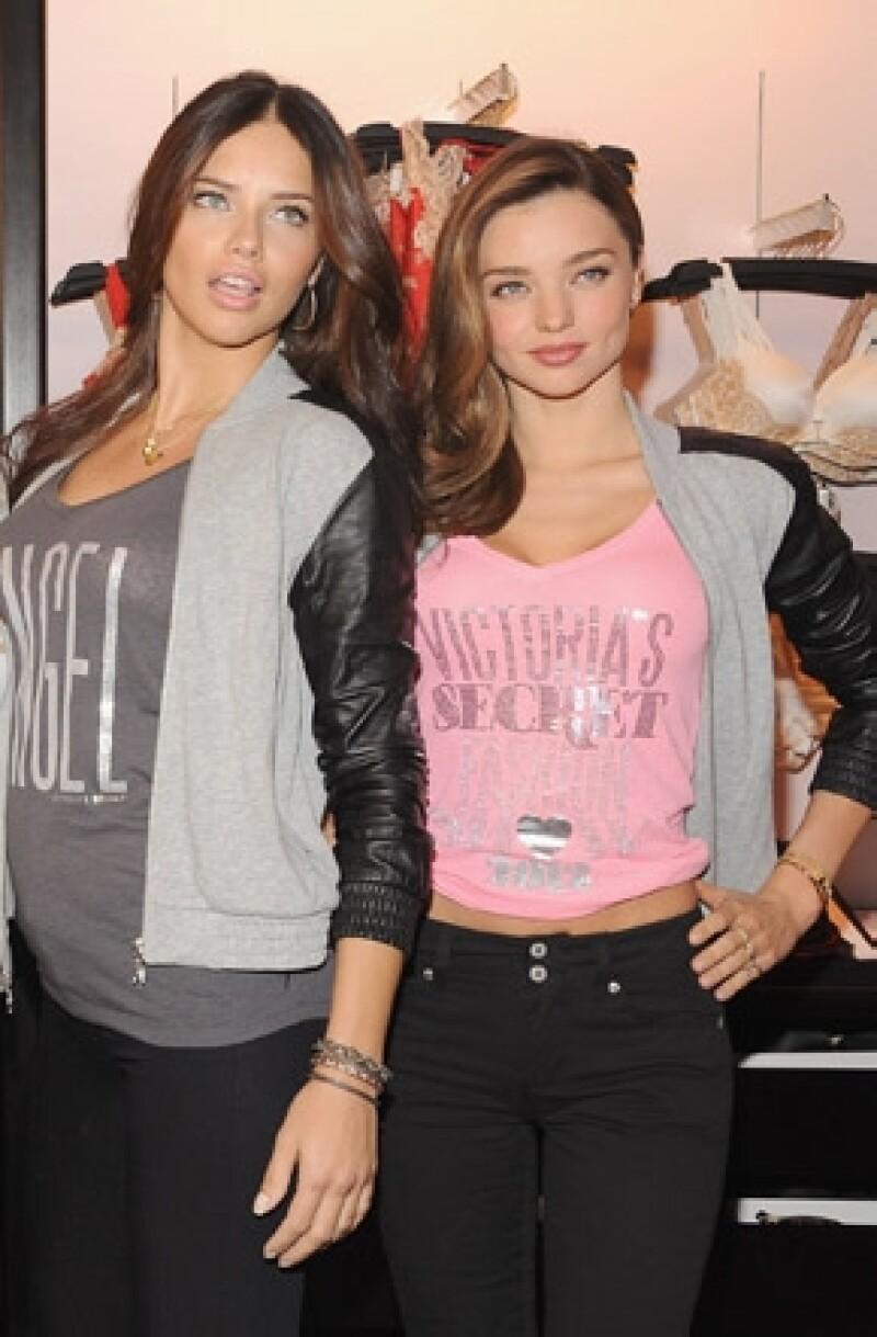 Miranda platicó para la revista InStyle, que fue Adriana la primera en saber la noticia de su embarazo con Orlando Bloom.