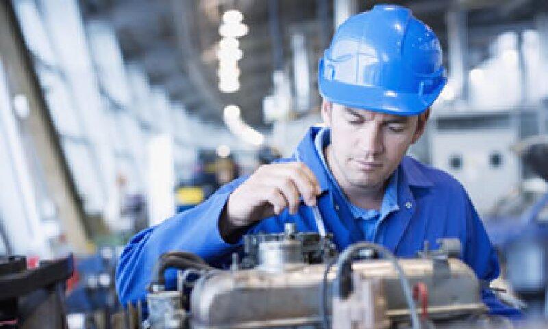 Analistas esperaban que la producción industrial subiera 0.2% en octubre. (Foto: Getty Images)