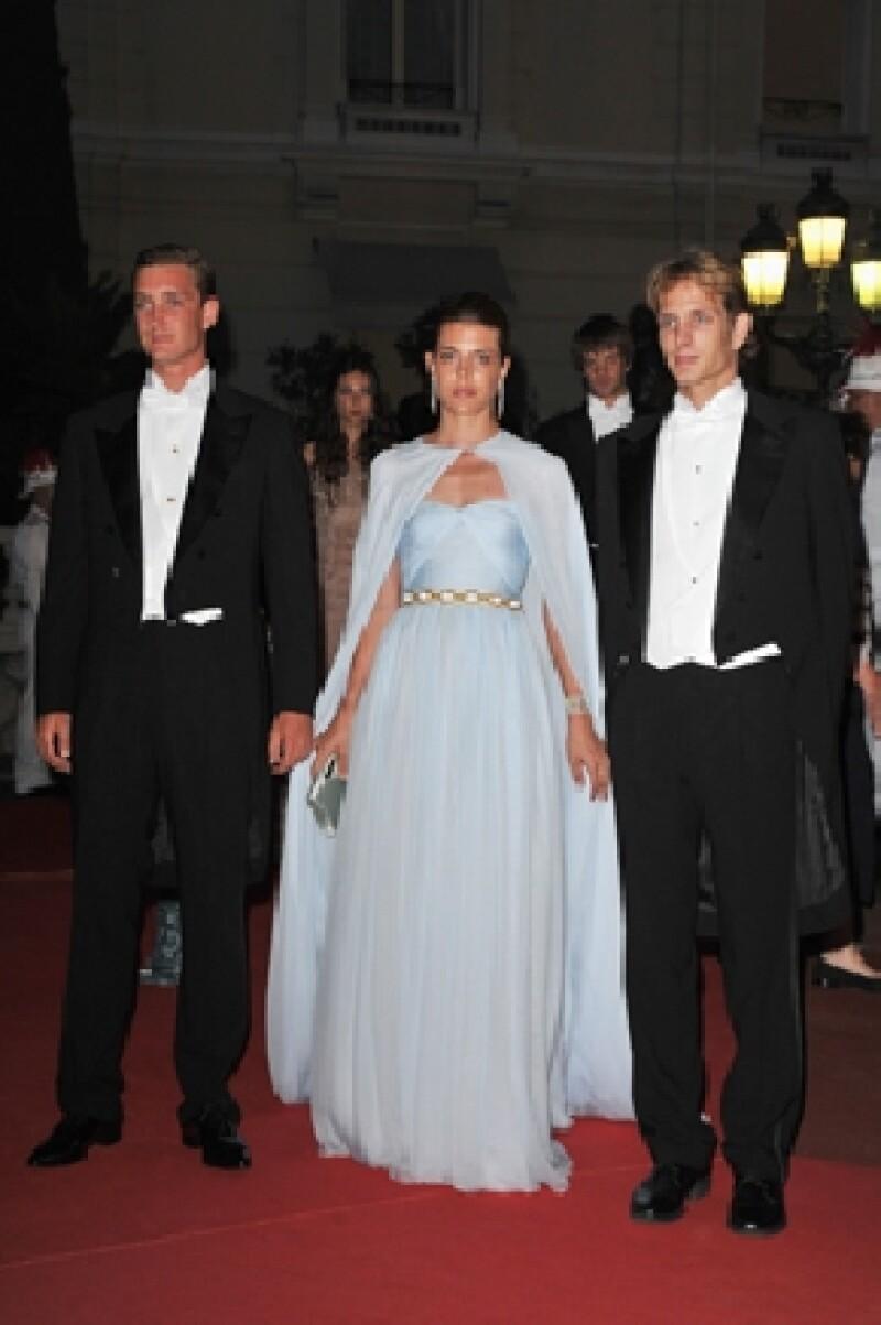 Pierre junto a sus hermanos mayores, Carlota y Andrea Casiraghi, quien acaba de tener un hijo con Tatiana Santo Domingo.