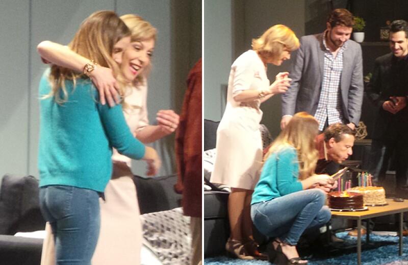 Laura Flores también estuvo sorprendida por el festejo especial para Nat y Alfredo.
