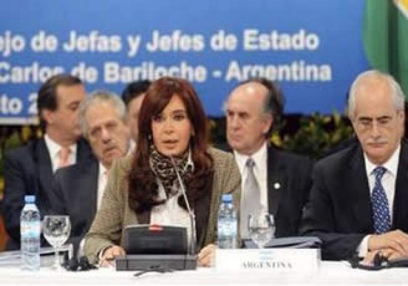La presidenta argentina Cristina Fernandez dijo que no es justo que la región sufra tensiones. (Foto: Reuters)