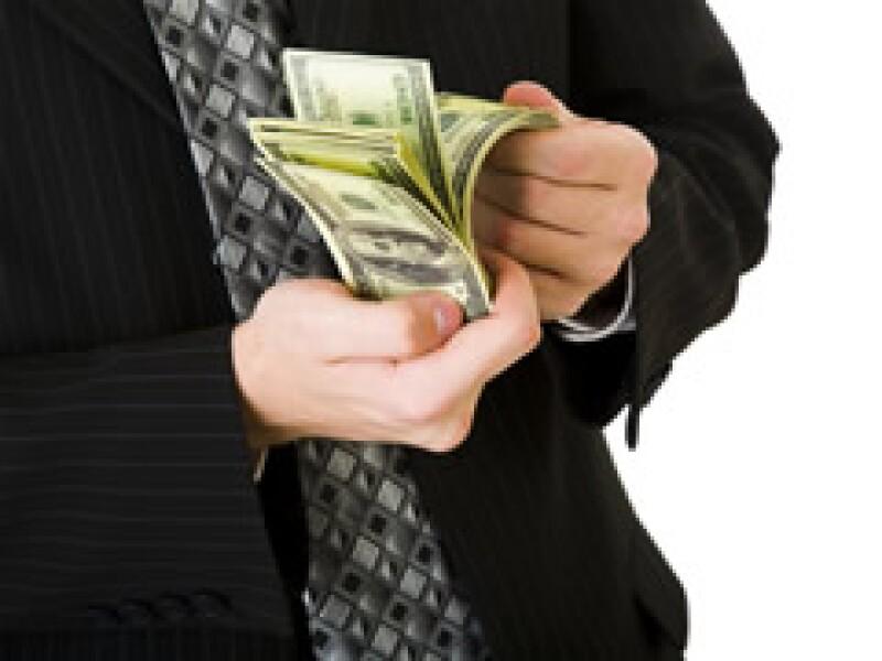 Un banquero en Florida reparte 60 mdd entre sus empleados. (Foto: Archivo)