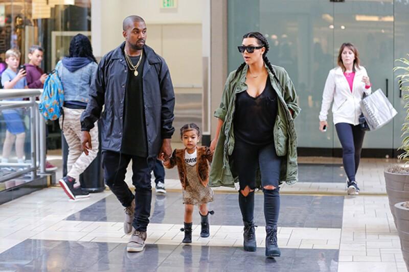 La familia fue vista haciendo compras en Los Ánageles como cualquier otra.