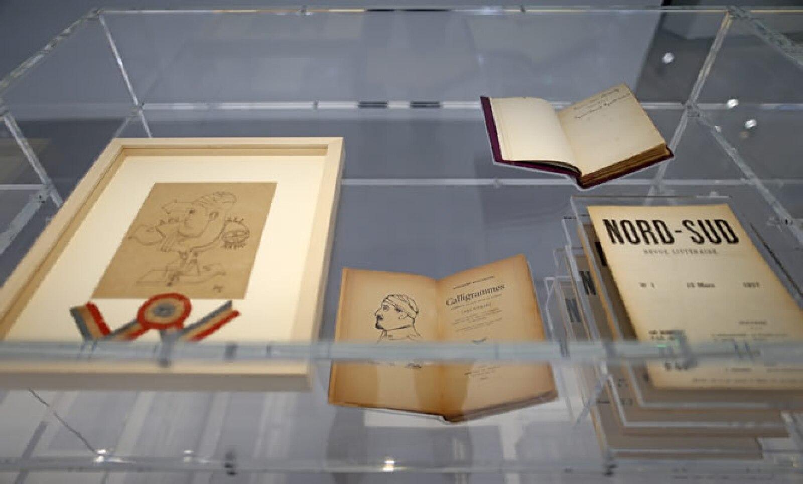 Dibujos de Pablo Picasso  y Jean Cocteau. Dalí y su esposa, Gala, vivieron cuatro meses durante 1938 en la casa de la diseñadora Gabrielle Chanel.
