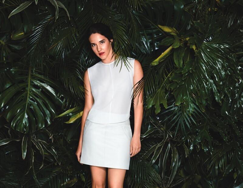 Ximena Sariñana es la cara de la nueva campaña de edición limitada de la crema Ultra Facial Cream de Kiehls.