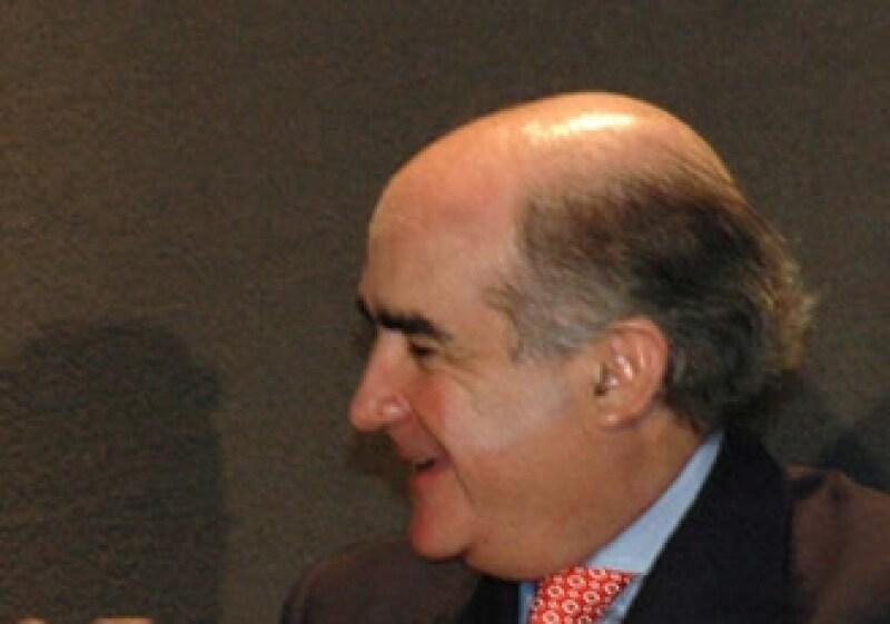 Luis Téllez, presidente de la BMV, dijo que hay grandes compañías que buscan colocar acciones en el mercado. (Foto: Notimex)