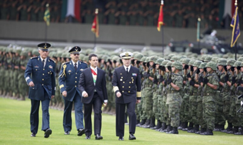 El presidente Enrique Peña propondrá una ley nacional de deuda pública que ponga orden en el endeudamiento de los gobiernos locales. (Foto: Reuters)
