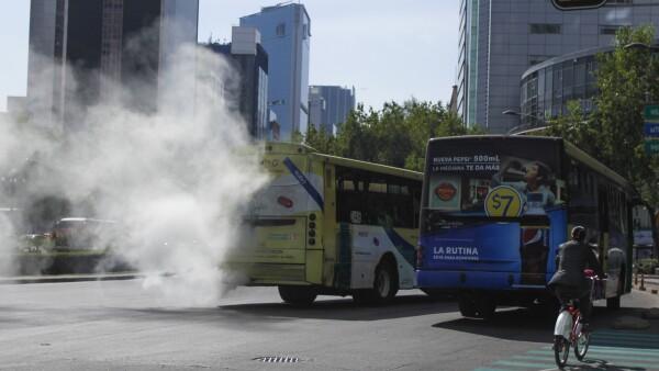 Los expertos aseguran que mejorar el transporte mejorará la calidad del aire