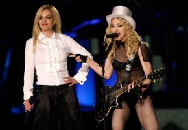La cantante obtuvo los premios a mejor álbum de año y a la actuación favorita de 2008.