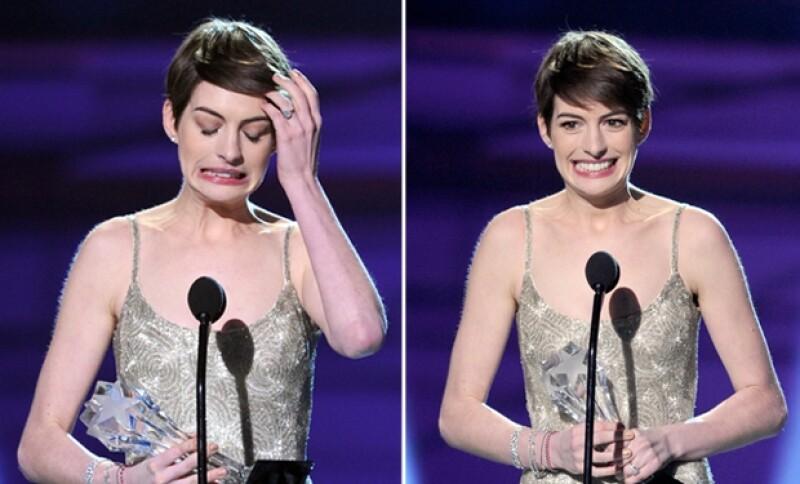 Durante el nombramiento de nominados a los Critics´ Choice Awards escribieron mal su nombre, situación que la actriz no dudó en hacerles notar.