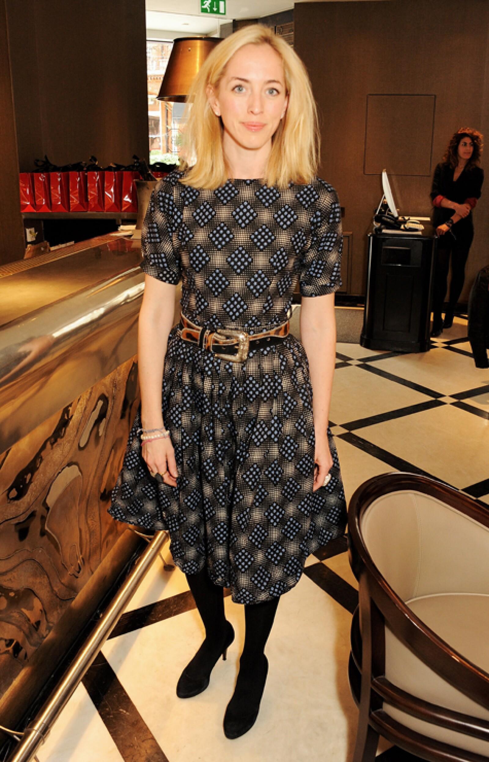 Victoria es la hermana de Robert Pattinson, la cual probablemente sienta mucha envidia del actor.