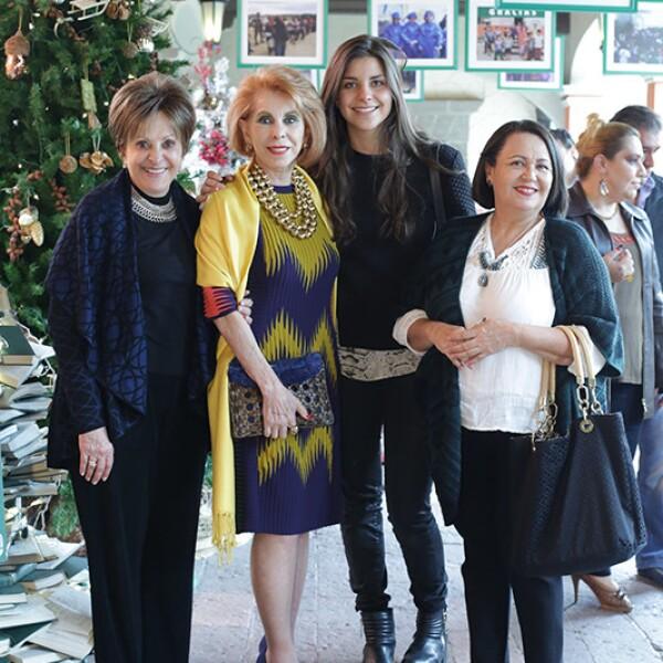 Claudia Casas,Alicia Flores,Claudia Garvey y Yanira Álvarez