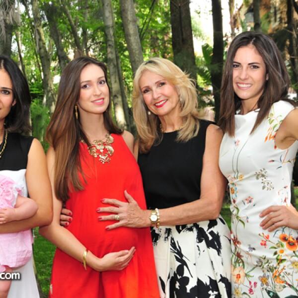 Vero Vázquez Aldana,Inés Ramírez,Claudia Vázquez Aldana,Lety Muñoz,Ale Vázquez Aldana