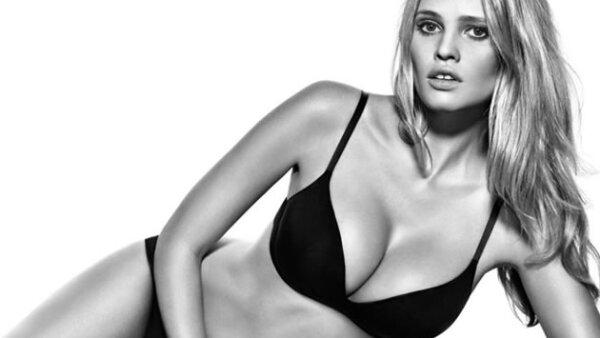 Fergie Se Desnuda Para La Portada De Su Nuevo Disco