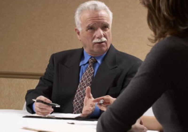 El director o jefe de área es la persona adecuada para anunciar a un trabajador que será despedido. (Foto: Jupiter Images)