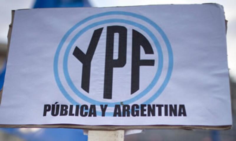 La decisión causará un deterioro en la posición fiscal de Argentina, agregó el banco. (Foto: AP)