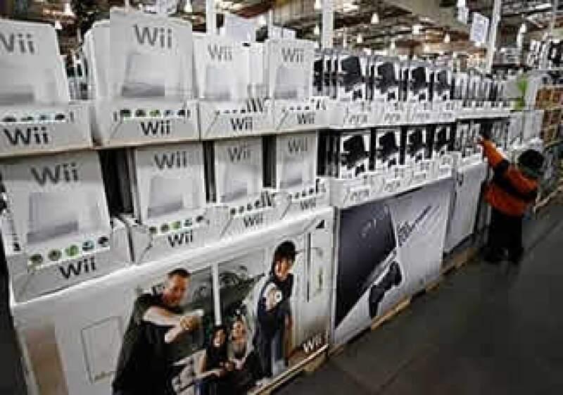 La consola de videojuegos, Wii, ha sido la más vendida del año, a pesar de la debacle económica.  (Foto: AP)