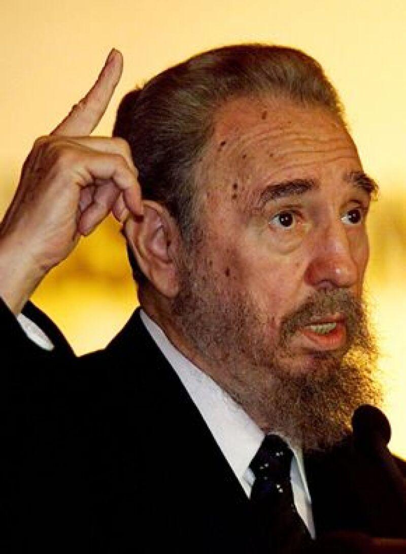 El ex presidente cubano revela datos nunca antes mencionados en el libro presentado en la Habanna.