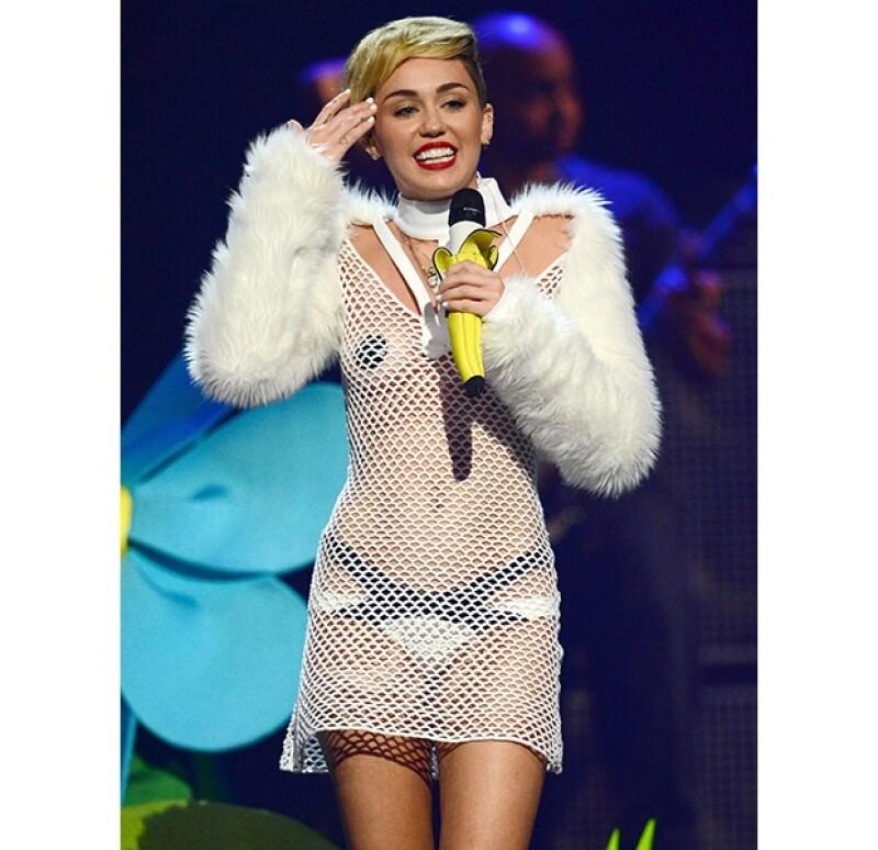 Se han generado expectativas por la actuación de Miley esta noche en el conocido programa, el cual se transmite en vivo en Estados Unidos.