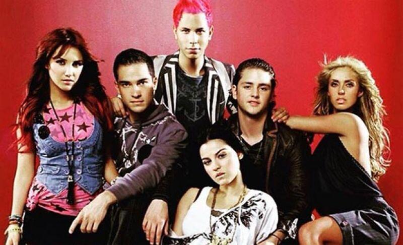 En entrevista con Televisa Espectáculos, el actor y cantante aseguró que ve imposible un reencuentro entre los ex integrantes de la agrupación que se hizo famosa con la telenovela de 'Rebelde'.