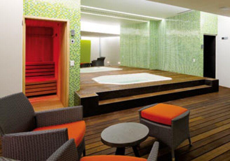 El spa del edificio Plaza Suites, ubicado en Av. Reforma cuenta con jacuzzi, área de masajes, sauna y vapor. (Foto: Cortesía Plaza Residences)