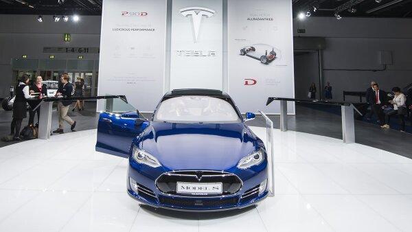 Tesla apuesta por las innovaciones en los automóviles.