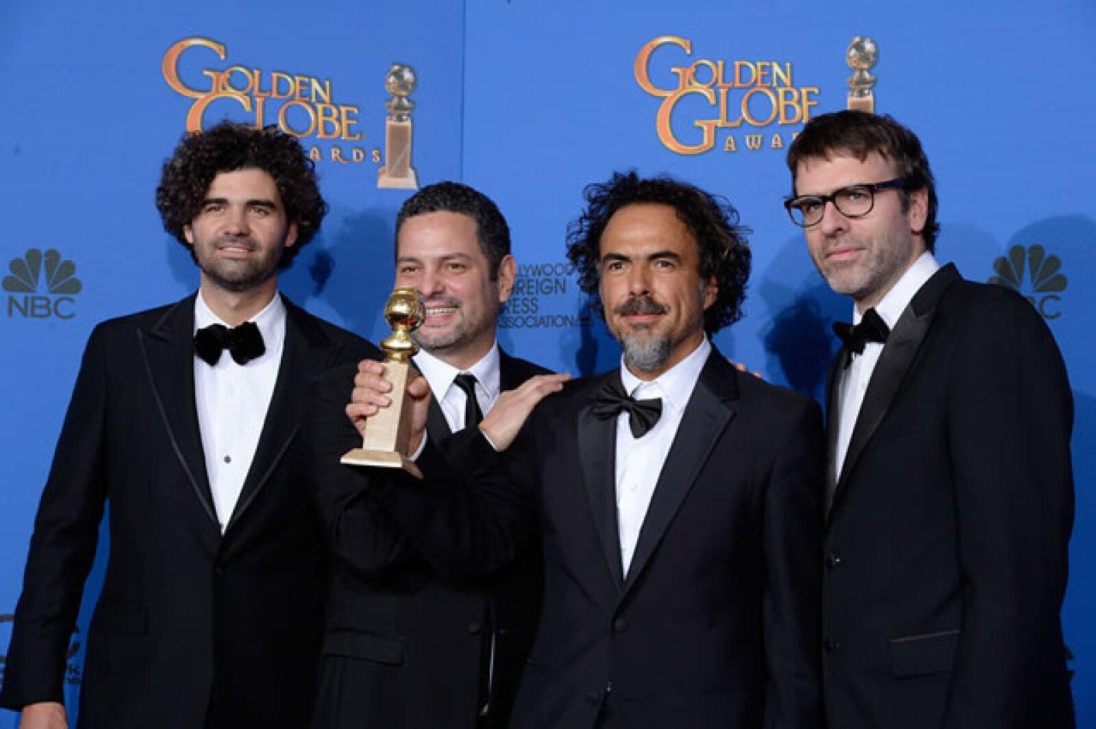 El mexicano Alejandro González Iñárritu, junto con Armando Bo, Alexander Dinelaris y Nicolas Giacobone se llevó la estatuilla en la categoría Mejor guión por Birdman.