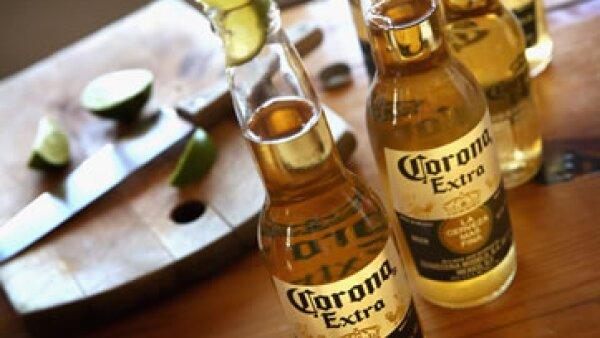 La cerveza mexicana ocupa el segundo lugar de las marcas latinoamericanas más valiosas, con un valor de 8,476 millones de dólares (Foto: Getty Images/Archivo )