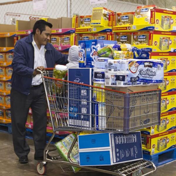 Privilegia la compra de bienes duraderos, como electrodomésticos o equipos de cómputo frente a productos de consumo inmediato (ropa o despensa).