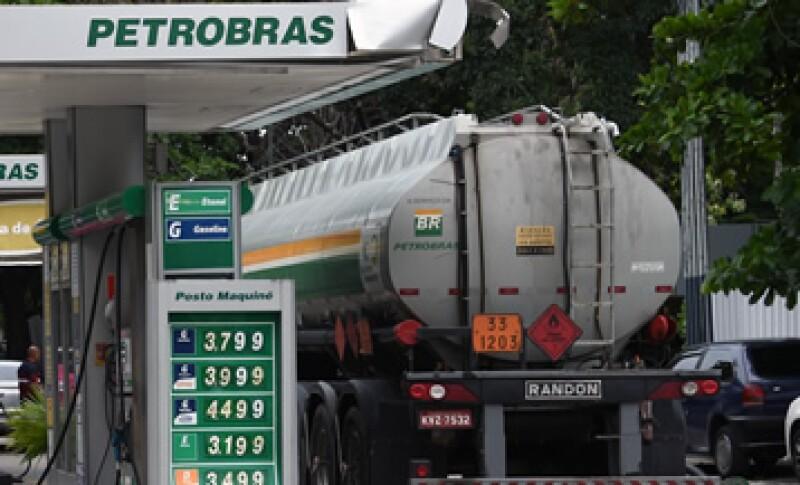 Hasta hace poco Petrobras era una de las acciones más atractiva en la industria petrolera. (Foto: AFP )